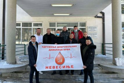 Porodica Stajić iz nevesinja darovala krv